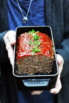 Meatloaf parfumé for you! Meat Recipes, Fall Recipes, Cooking Recipes, I Love Food, Good Food, Organic Beef, Roast Beef Sandwiches, Fish Salad, Raw Vegetables