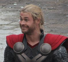 17 Signs You're A Linguistics Major - Each and every one of these is complete and utter truth. Also, how hilarious is Chris Hemsworth?!