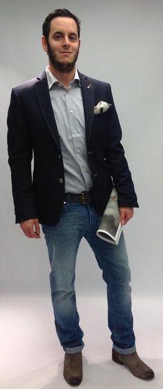 Die Jeansspezialisten von Jacob Cohen stehen für absolute Highlights! Diese Jeans ist an Exklusivität und stilsicherem Auftreten nicht zu überbieten - gerade geschnittene handgearbeitete Jeans in hellblauerer Waschung, parfümiert und mit dezent kontrastigem Stiching. Highlights, Suit Jacket, Suits, Formal, Jeans, Jackets, Fashion, Fashion Styles, Light Blue
