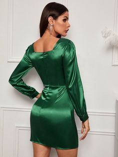 Discover our wide range of with color blocks at CUTESPREE. Satin Skirt, Satin Dresses, Silk Satin, Satin Fabric, Dress P, Bodycon Dress, Green Satin, Most Beautiful Women, Types Of Sleeves