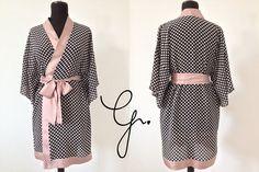 Kimono w istocie jest jedwabne, powodowana ciekawością łamane przez podejrzliwość poczyniłam testy polegające na nadpalaniu i zgliszcza zach...