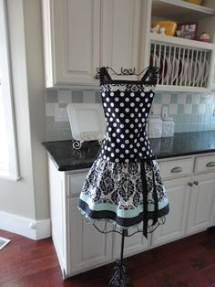 "Seaside Black Damask   ""Ellie Style"" Women's Apron ~ Mother's Day Apron - 4RetroSisters"