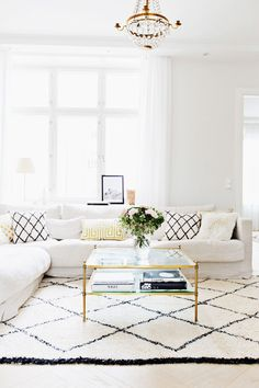 Comfortable Living Family Room Fresh Alexa Dagmar S Cozy Gold & Neutral Home In Finland Cozy Living Rooms, My Living Room, Apartment Living, Living Room Decor, Living Spaces, Living Room Without Tv, Living Room Remodel, Living Room Inspiration, Design Inspiration
