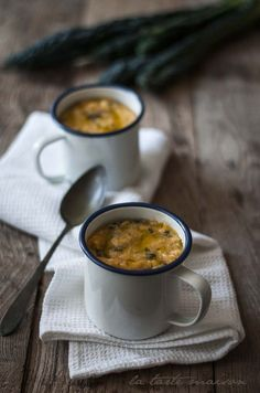 Bordatino alla pisana: brodo di cottura dei fagioli, fagioli cannellini, farina di mais fioretto, concentrato di pomodoro, cavolo nero, aglio, prezzemolo, cipolla, sedano, carote