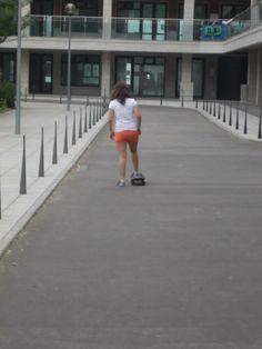 Nas férias de verão preparamos imensas atividades para todas as nossas alunas e todos os nossos alunos. No dia 12 de julho fomos à descuberta de novos desportos, escolhemos patinagem e skate.