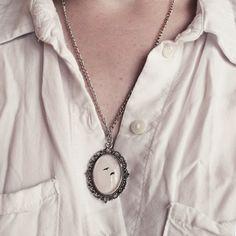 Handmade, one of a kind bird photograph pendant.