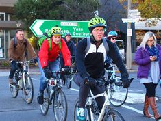 How pedal power can reduce road congestion City Works, Sustainable Transport, Physical Inactivity, Urban Road, Bike Parking, Ways To Travel, Bicycle, Bike, Bicycle Kick