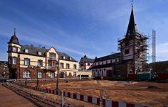"""Jetzt fordern die Grünen in Merzig, ... ... wegen der freigelegten Reste von St. Walburga, den Beschluss des Stadtrats zur Umgestaltung des Kirchplatzes zu überdenken. """"Ein Parkplatz sei dort undenkbar"""". Mal sehen, was wird. :-)"""