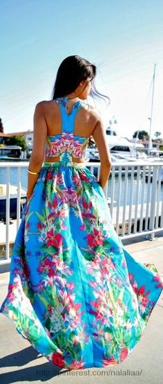 Summer Maxi Dress ~Latest Luxurious Women's Fashion - dresses, gown, shoes, bags etc Beauty And Fashion, Passion For Fashion, Love Fashion, Womens Fashion, Dress Fashion, Teen Fashion, Runway Fashion, Fashion Trends, Summer Outfits