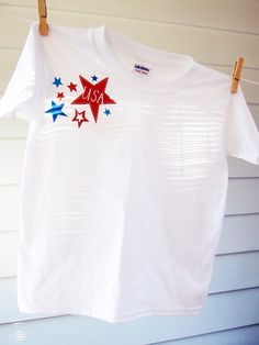 """July 4th Printables .. patriotic designs perfect for gussying up everything from t-shirts and baby onesies to tea towels and cloth napkins for your upcoming Independence Day bash. Included is the sweetest thank you card, perfect for sending notes of gratitude to our servicemen and women."""""""
