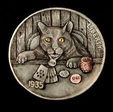"""The hobo nickel is a sculptural art - Hobo Nickel """"Oh Crap!"""" Poker Chip Kitty Cat 24 kt gold inlay by Howard Thomas Hobo Nickel, Coin Art, Bullion Coins, Coin Collecting, Art Forms, Sculpture Art, Miniatures, Kitty, Carving"""