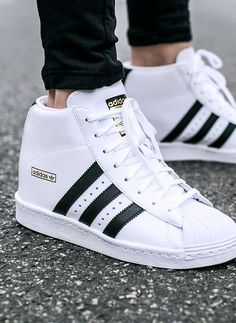 Women shoes Online - Women shoes Adidas Superstar - Women shoes 2018 Winter - New Balance Women shoes Outfit - Women shoes High Heels - Women shoes Sneakers Baby Nike Shoes, Adidas Sneakers, Mode Swag, Streetwear, Mode Shoes, Skate Wear, Wedge Sneakers, Shoes Sneakers, Sneaker Boots