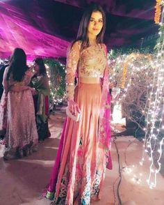 "721 Likes, 5 Comments - @ebuzztoday on Instagram: ""#AqsaAli wears #erumkhan at local #wedding #bridal #weddingseason #ebuzztoday"""