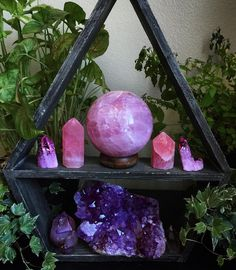 Welcome The Magick Minerals And Gemstones, Crystals Minerals, Rocks And Minerals, Stones And Crystals, Gem Stones, Crystal Altar, Crystal Magic, Crystal Healing, Crystal Decor