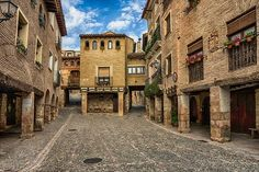 Alquezar pueblo precioso situado en la provincia de #Huesca