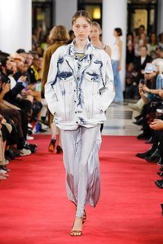 Лучших изображений доски «мода 2019»  468 в 2019 г.   Feminine ... 7517d414dd6
