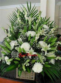 There are flower shops in Dubai which can deliver flowers anywhere in Dubai with no extra delivery charges, provided the order value is minimum AED 150/-. We can buy any arrangement and it will be delivered to a given address free of charges. So thus flowers delivery in Dubai becomes a less expensive affair when we get hold of such a company who can deliver free of charge.