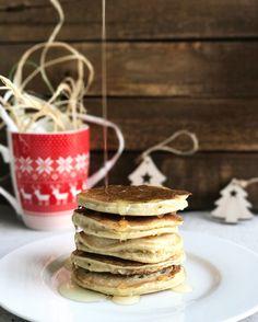 Che colazione è senza pancakes? Ma per mangiarli spesso devono essere anche salutari... ho sperimentato questa ricetta vegana e devo dire che sono buonissimi, leggeri e soffici ... la ricetta la trovate  sul blog  http://lacucinachevale.com/2017/01/pancake-vegani.html