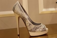 Wedding shoes Wedding Stuff, Dream Wedding, Wedding Ideas, Women's Shoes, Dress Shoes, Small Intimate Wedding, Formal Shoes, Wedding Wishes, Luxury Shoes