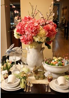 Easter tablescape, Easter table setting