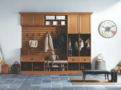 Wall mudroom unit