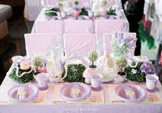 """""""Peppa the Pig"""" Party Tables"""