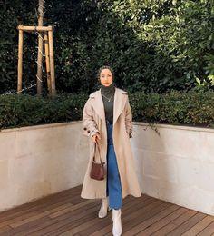 Teen Fashion Outfits, Modest Fashion, Outfits For Teens, Casual Hijab Outfit, Hijab Chic, Street Hijab Fashion, Muslim Fashion, School Dance Dresses, Hijabi Girl