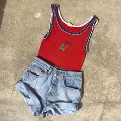 It's already summer in LA! have you shopped our #vintage by era section? Killer #70s finds like this little rose top plus #90s necessity denim shorts and so much more!
