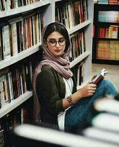 azra tiktok Iranian girl in library - Iranian Beauty, Muslim Beauty, Hijabi Girl, Girl Hijab, Cute Girl Pic, Stylish Girl Pic, Girl Photo Poses, Girl Poses, Persian Girls