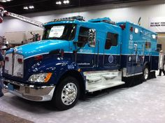 Blue Ambulance. Oh my sweet god its an engine with a med bay. I can only imagine the space.