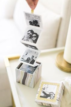 DIY photo box— makes a perfect gift! Diy Instagram, Instagram Giveaway, Cadeau Couple, Photo Boxes, Diy Photo Box, Diy Photo Cards, Photo Ideas, Cards Diy, Photo Craft