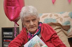 Tributes paid to Stockport centenarian who has passed away at 105 - Manchester Evening News