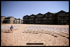 Harbor Lights Resort Wedding Photography | Frankfort, Michigan Lake Michigan beach wedding photography location by Paul Retherford #frankfortmichigan #lakemichiganwedding #northernmichigan