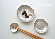 下山普行 錫の箸置き・豆皿・小皿のことをもっと知りたければ、世界中の「欲しい」が集まるSumallyへ!