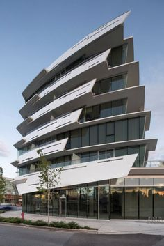 50 Stunning Modern Architecture Building 33 is part of Architecture - 50 Stunning Modern Architecture Building 33 Post Modern Architecture, Architecture Antique, Concept Architecture, Futuristic Architecture, Facade Architecture, Amazing Architecture, Landscape Architecture, Chinese Architecture, Hotel Design Architecture