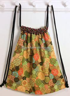 Ref. ML55- Davant de motxilla, de tela - Delante de mochila, de tela - Drawstring backpack, front, of fabric... aprox. 36 x 36cm VENUDA-VENDIDA-SOLD OUT
