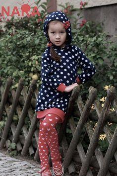 Kleider - NARA Kinderkleid Kapuzenkleid - ein Designerstück von Berlinerfashion bei DaWanda
