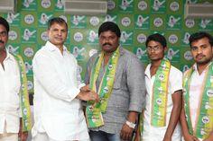 Mr. Anukula Ramesh, students JAC leader from Tanuku, West Godavari district greets .Thulasi Reddy