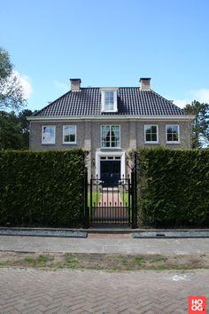 Groothuisbouw - Klassiek modern wonen - Hoog ■ Exclusieve woon- en tuin inspiratie.