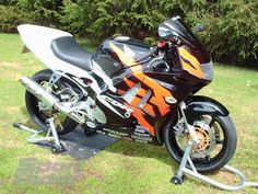 Great Sportbikes of the Past: 1991-1998 Honda CBR600F2-F3 - The Birth Of Domination | Sport Rider Honda Cbr 600, Sportbikes, Birth, The Past, Racing, Projects, Running, Log Projects, Blue Prints