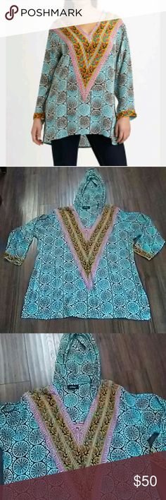 Tolani silk hooded tunic top No signs of wear.                        d Tolani Tops Tunics