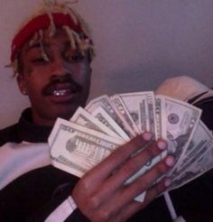tracy Rapper Wallpaper Iphone, Hype Wallpaper, American Rappers, Aesthetic Images, Aesthetic Grunge, Aesthetic Anime, Emo Boys, Mood Pics, Swagg