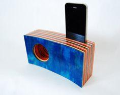 Ähnliche Artikel wie Acoustic iPhone Wood Speaker / Holz Lautsprecher Verstärker auf Etsy