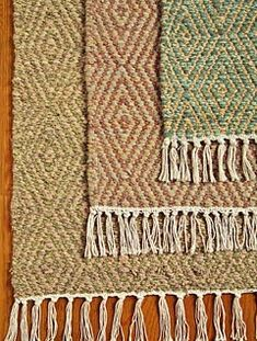 DIAMOND PATTERN WOOL RUGS Pretty for early morning bare feet