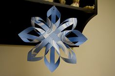 Great tutorial on how to make a Finnish star out of scrapbook paper.... would look so pretty hanging on the Christmas tree or from the light fixture over the dining room table