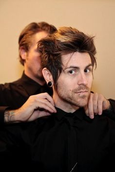 Davey Havok, AFI.  This is my favoritest of his looks.