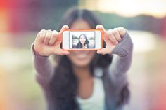 the anatomy of selfies that sell