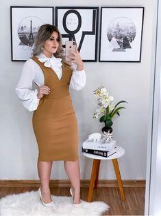 Pin on Stretch knit dress Pin on Stretch knit dress Dress Outfits, Casual Dresses, Fashion Dresses, Dresses For Work, Curvy Fashion, Plus Size Fashion, Fashion Moda, Fashion Trends, Mode Chic
