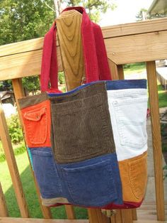 This would make a great tote for garden tools. Recycle Forum :: Bags recycled clothing
