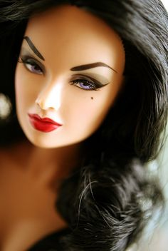 FR 'Glam Vamp' Anja (2013 IFDC Souvenir Doll)   by Shuga-shug